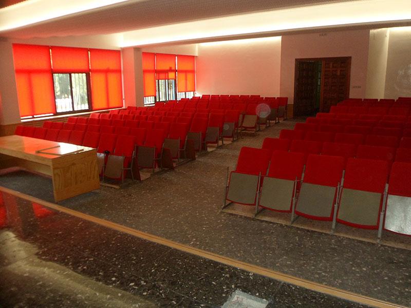 tapizado de sillas de auditorio
